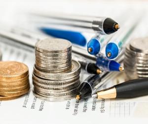 imagen Becas de formación en finanzas para graduados universitarios